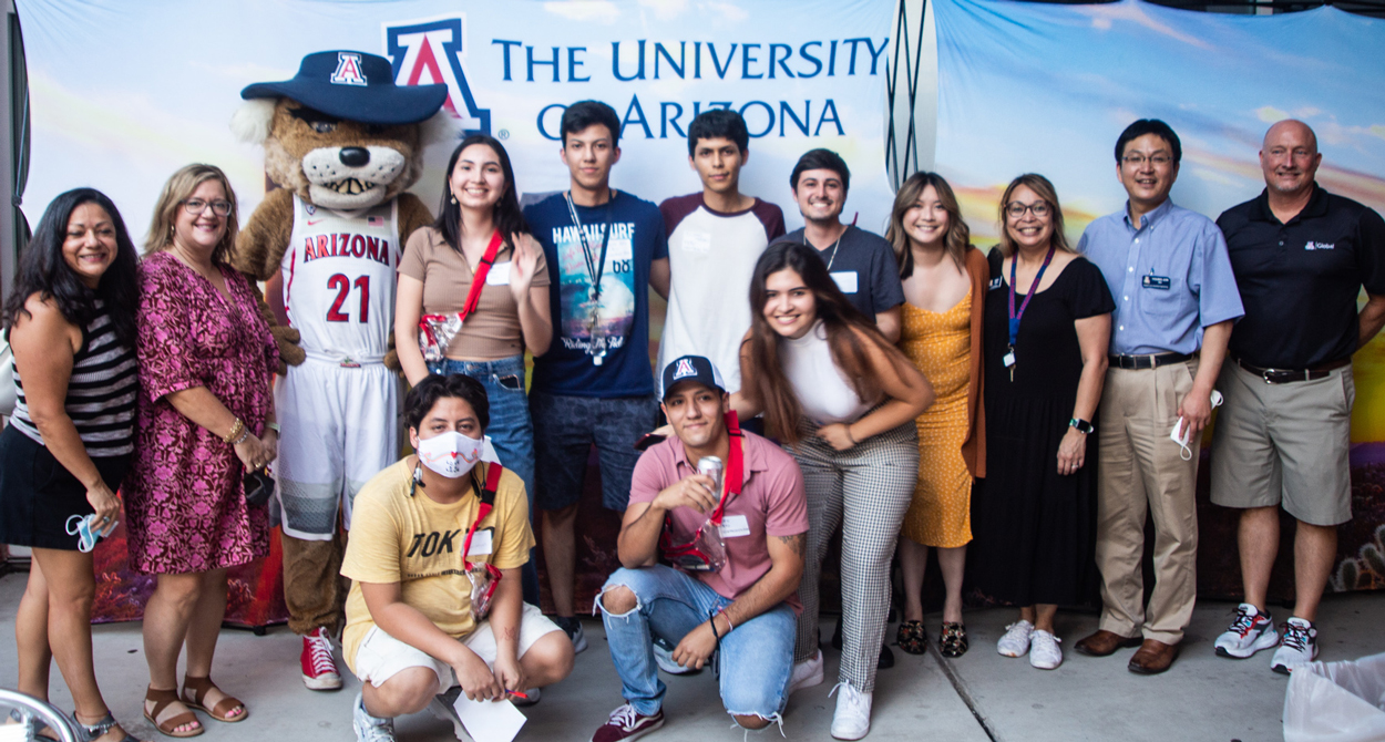 International students and Arizona Global Staff and Faculty with Wilma Wildcat at the 2021 Global Wildcat Welcome Party